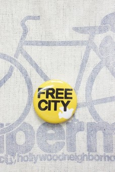 FREE CITY PIN Yellow