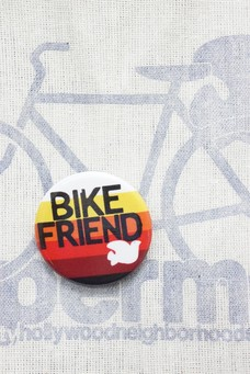 FREE CITY BIKE FRIEND PIN White